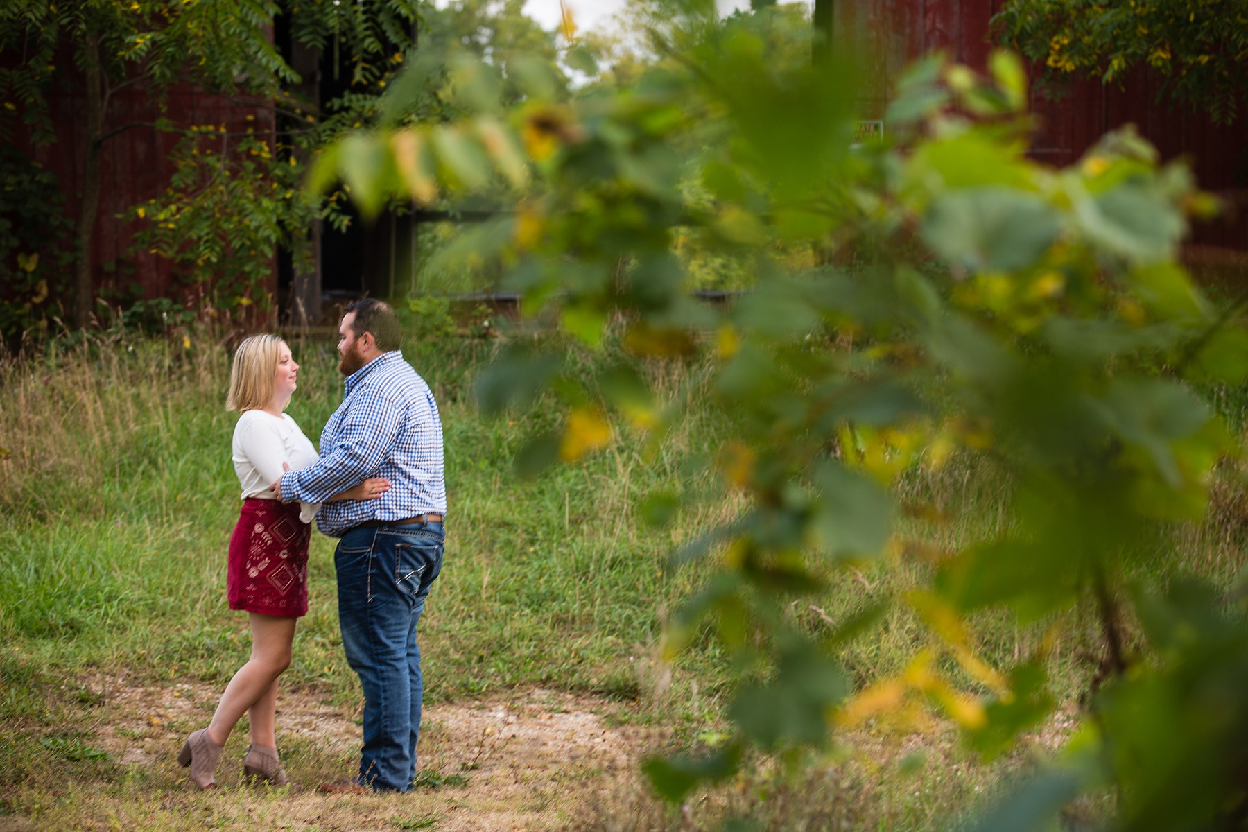 Brandon_Shafer_Photography_Megan_Nate_West_Michigan_Engagement_Photos_0017.jpg