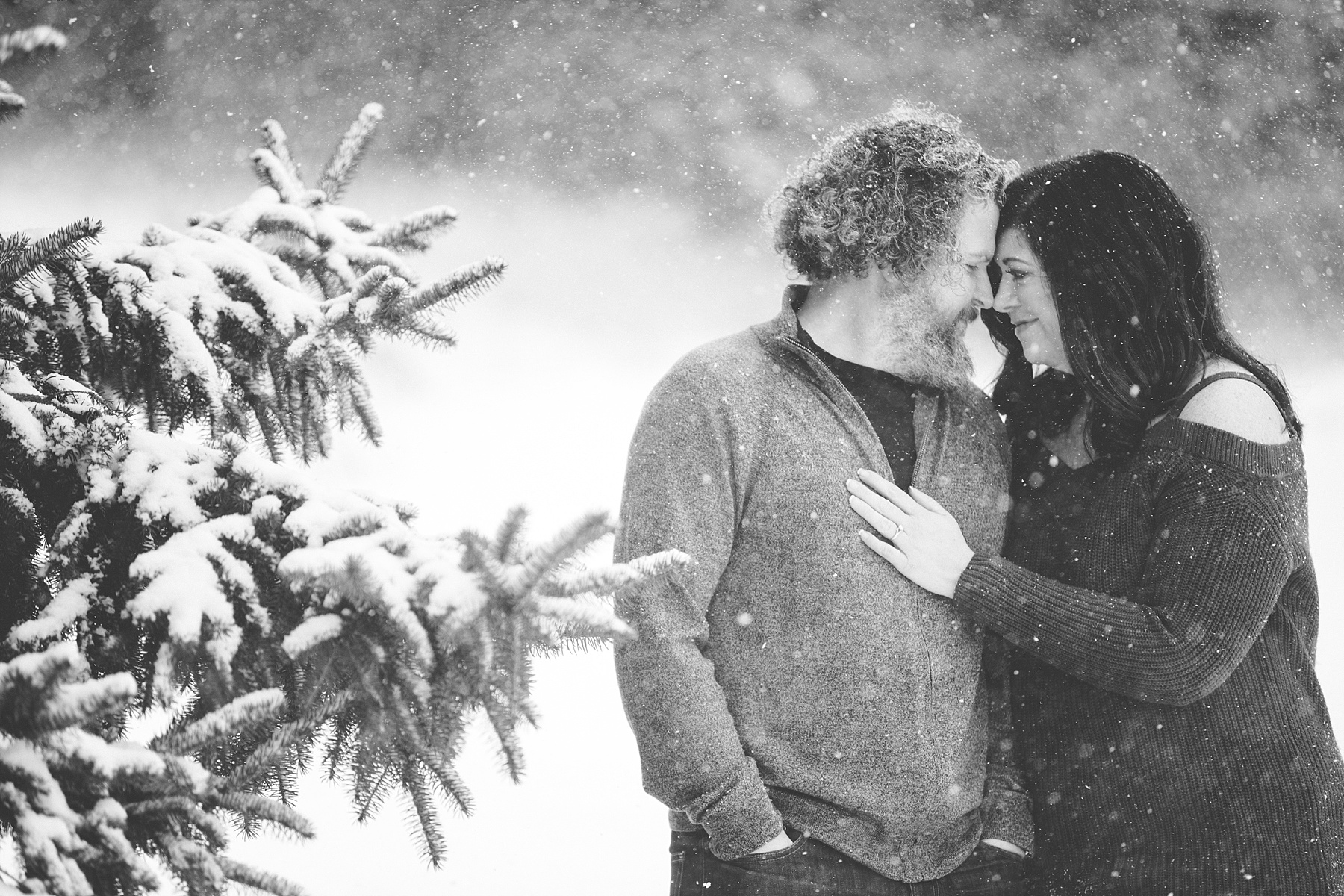 Brandon_Shafer_Photography_Winter_Engagement004.JPG