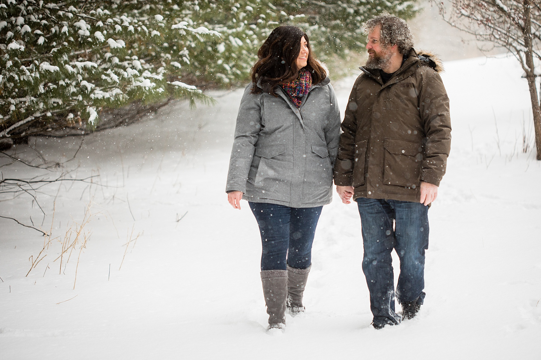 Brandon_Shafer_Photography_Winter_Engagement008.JPG