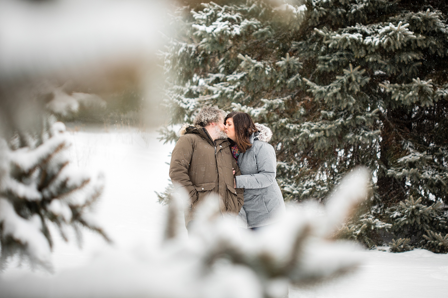 Brandon_Shafer_Photography_Winter_Engagement015.JPG