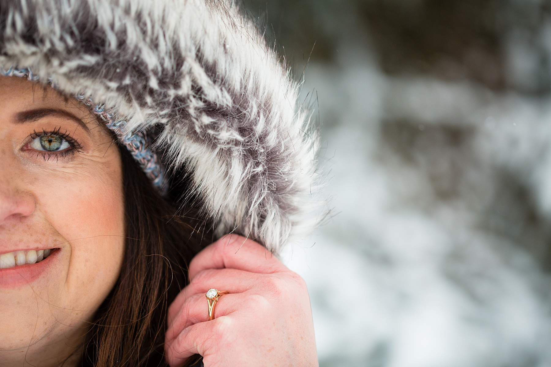 Brandon_Shafer_Photography_Winter_Engagement018.JPG