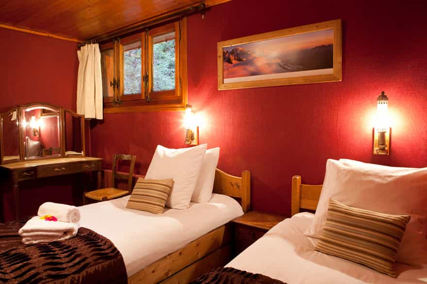 luxury-chalet-chamonix-bedroom.jpg