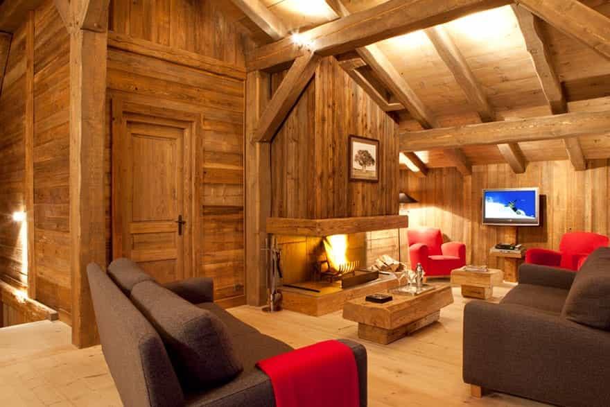lounge-and-fireplace.jpg