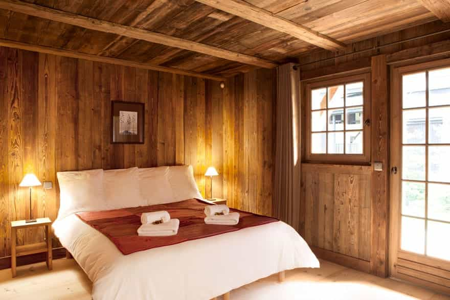 luxury-bedroom-chalet.jpg