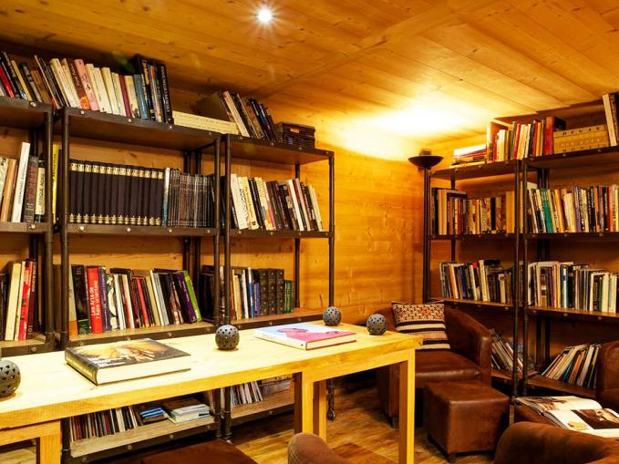 les-rives-d-argentiere-chalet-cristal-library.jpg