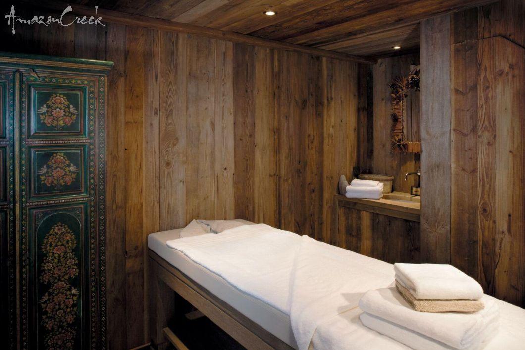 AC-Treatment-room.jpg