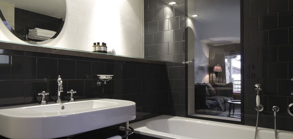 4069025prestige-bathroom-2.jpg