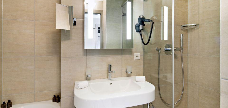 175898bathroom.jpg
