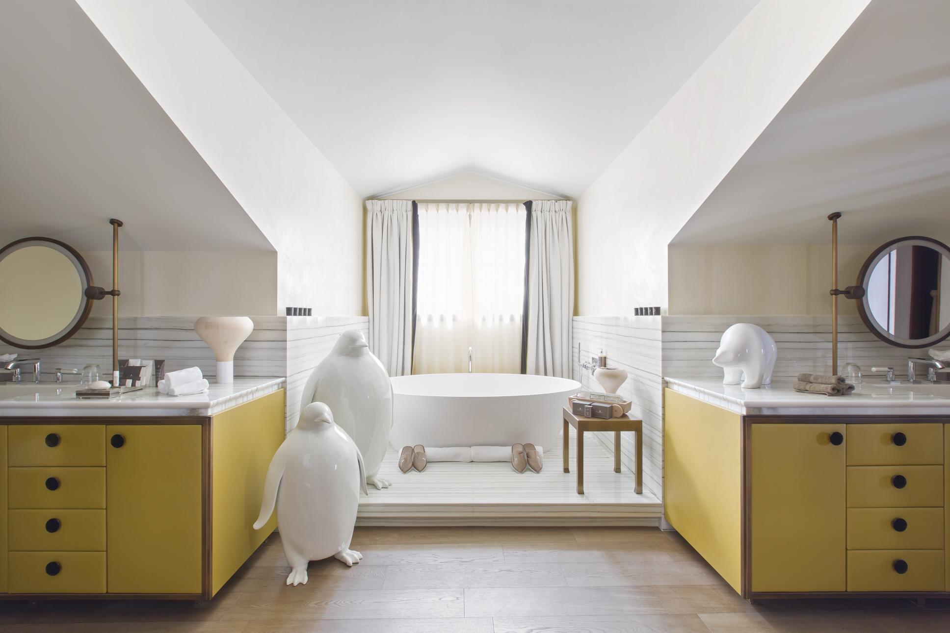 22-le-chalet-salle-de-bain-le-chalet-bathroom-s-julliard.jpg
