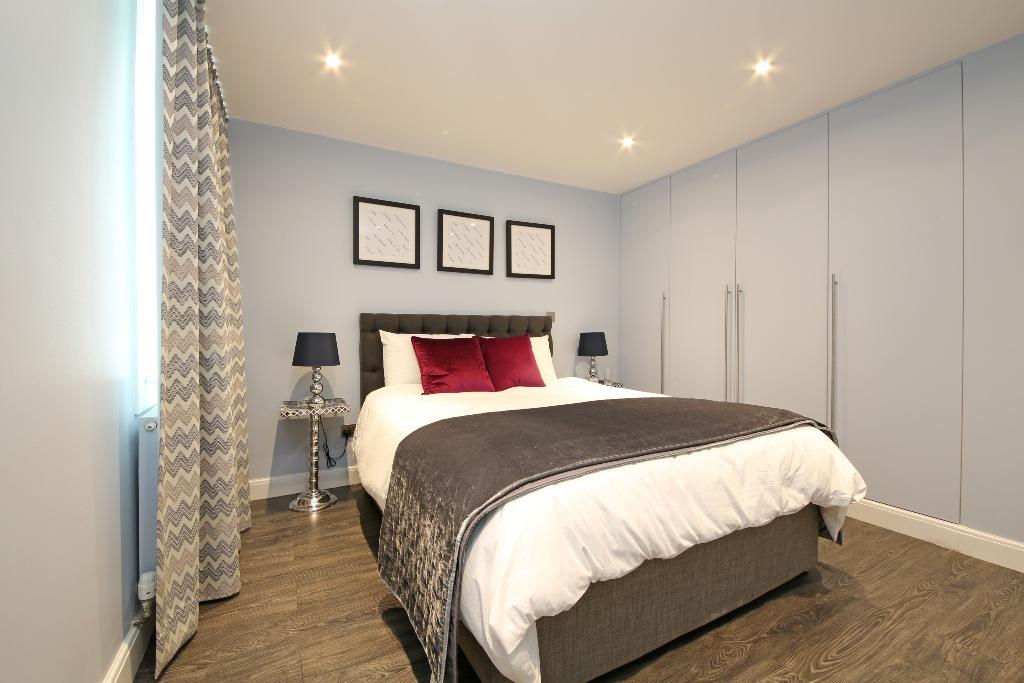 21 Baly House bedroom 2.jpg