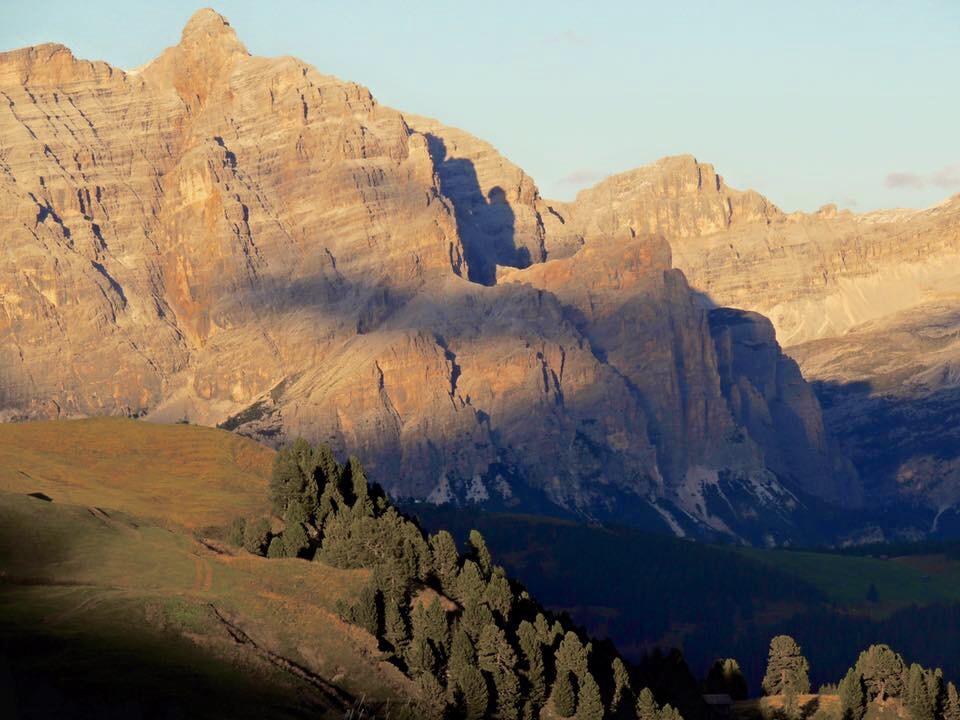 Dolomites1.jpg