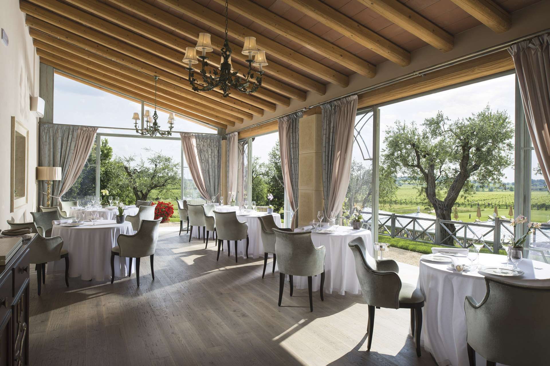 Wine-Relais-Chateaux-Lago-di-Garda-Villa-Cordevigo – Luxury Yoga Wine Tours with Sensi e Diletti