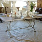 table-whiteirondining.JPG