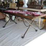 table-xlegdiningdark.JPG