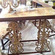 table-yellowonyx.jpg