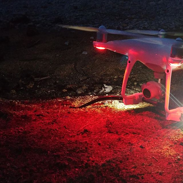 Easily Interchangeable - The FireFly attaches in seconds to any existing WaterStrider 2.0 or TerraStrider.  https://www.dronerafts.com/firefly . . #droneanywhere #nightflight  #dji #phantom  #dronenightoperations #dronelighting #part107  #faanightwaiver #firefly