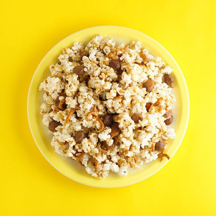 Salty Caramel & Pretzel Popcorn