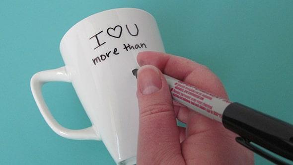 decorate mug with sharpie