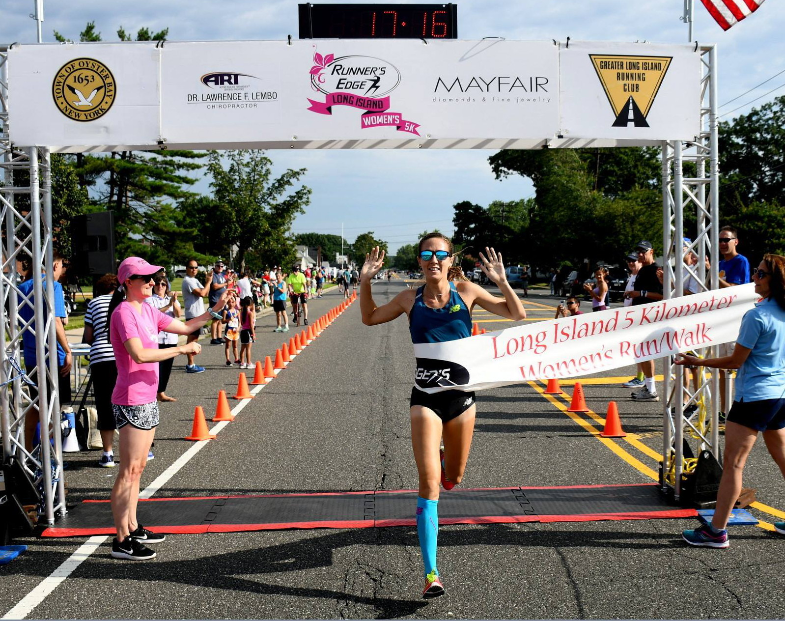 Lianne Farber winning the 2017 Runner's Edge Long Island Women's 5K Run