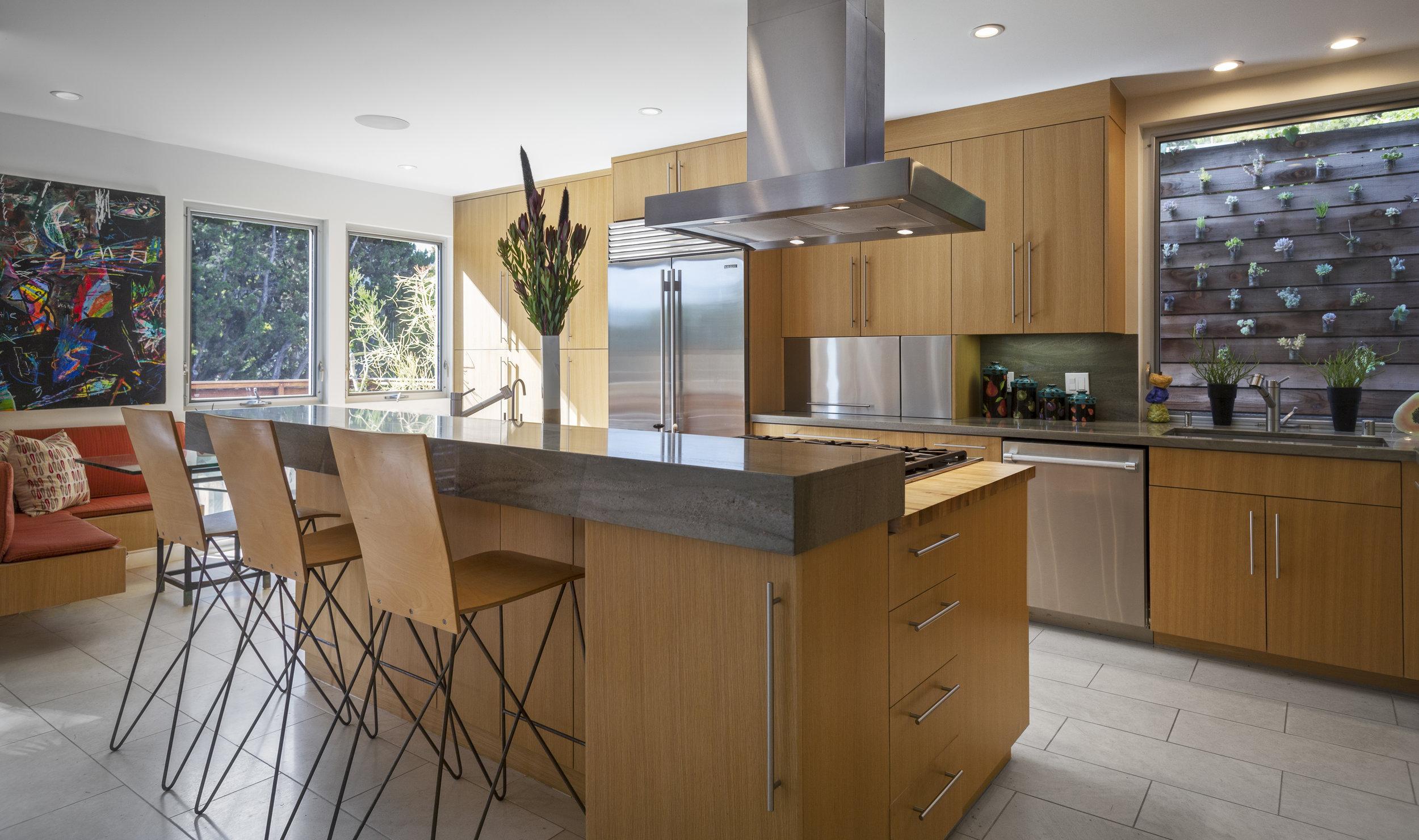 Kitchen V2_2_12810.jpg