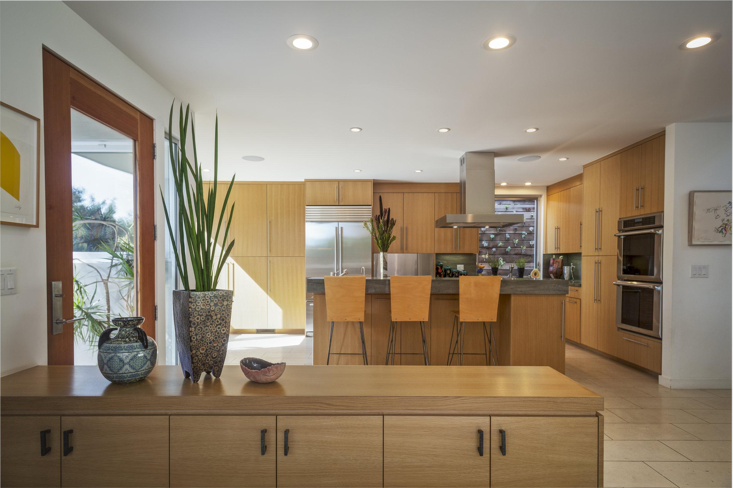 Kitchen V3_2_12720.jpg