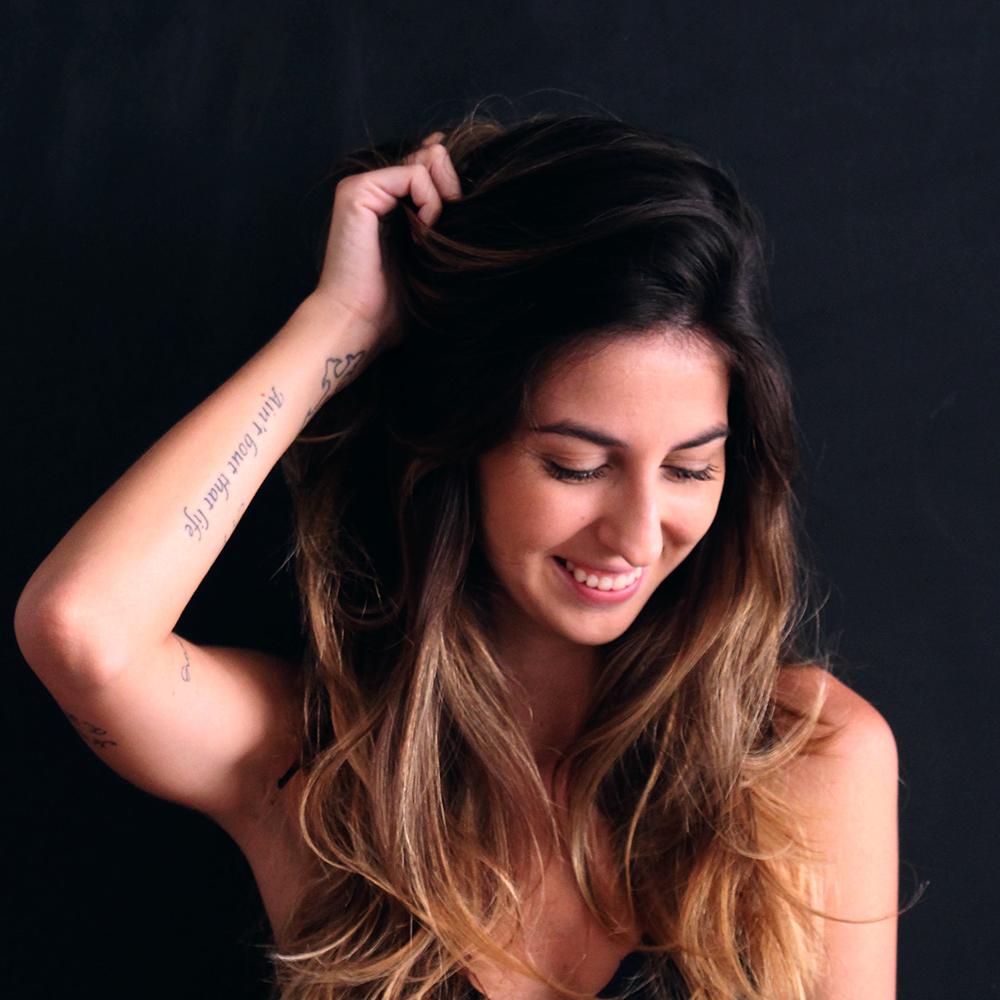 Juliana Perez    https://soundcloud.com/juliana-perezz