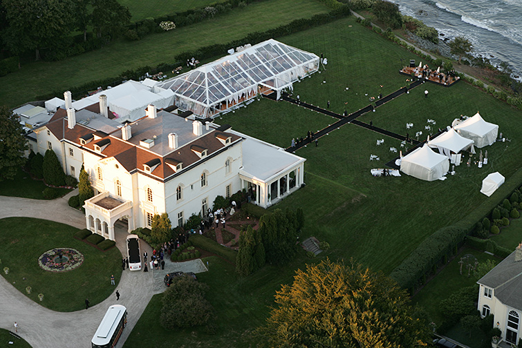 Tented weddings allow your vision to come to life. Tents are an empty canvas ready to be painted by your imagination.