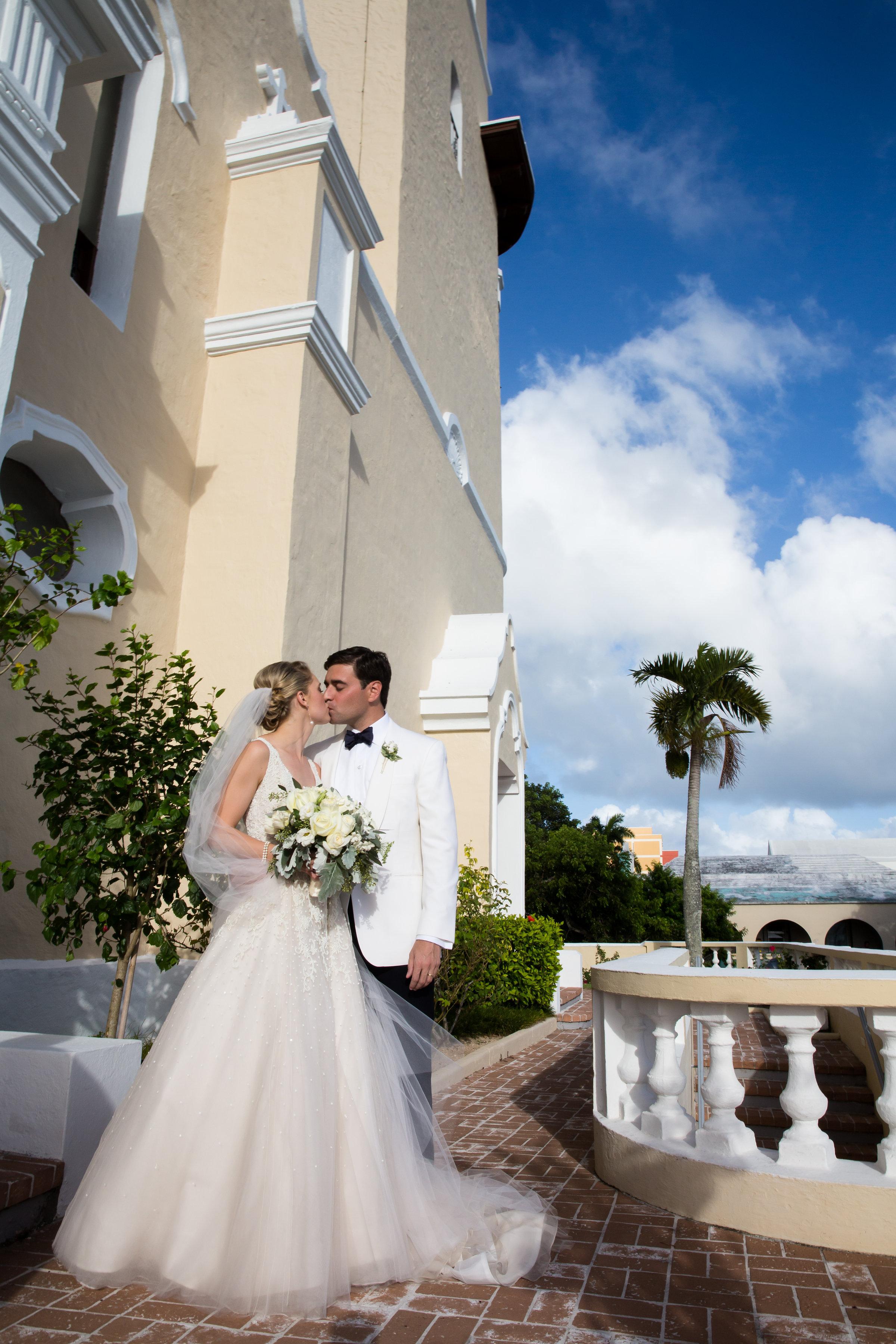 hamilton-princess-bermuda-destination-wedding-0089.jpg