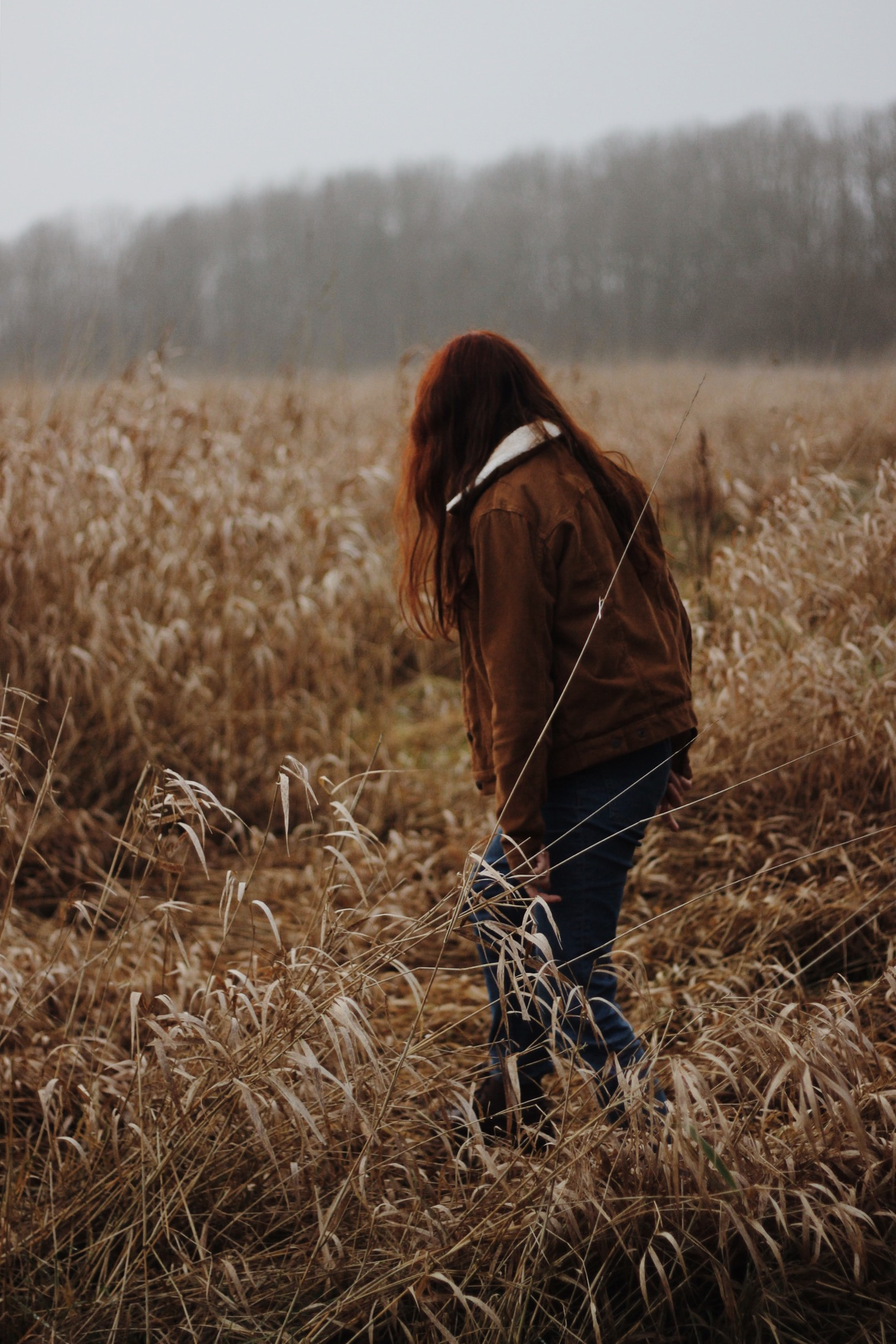 Girl, red hair, meadow, winter