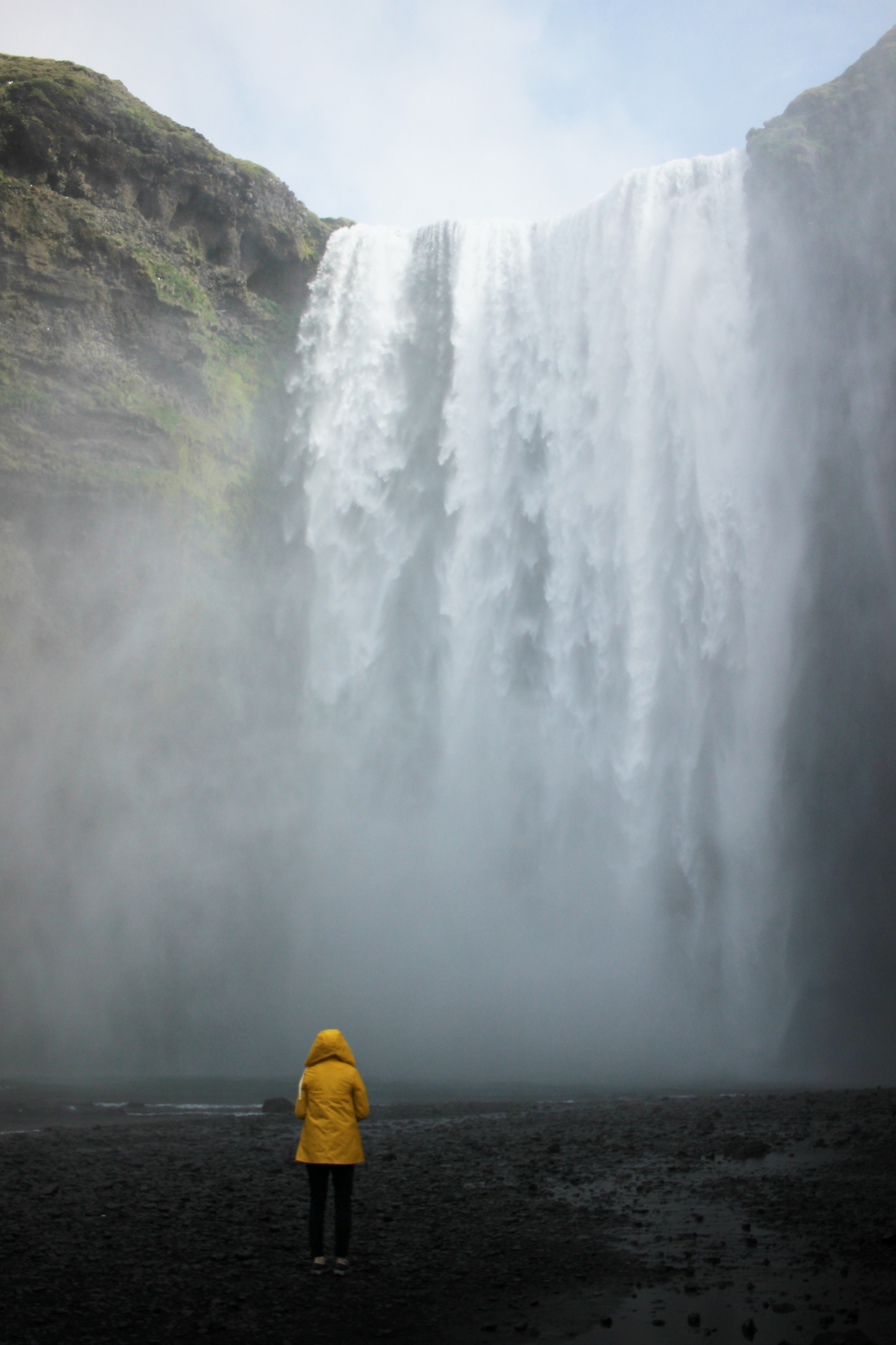 Iceland, Iceland Road Trip, Iceland Tips, Girl in Yellow Anorak, Waterfall, Skogafoss