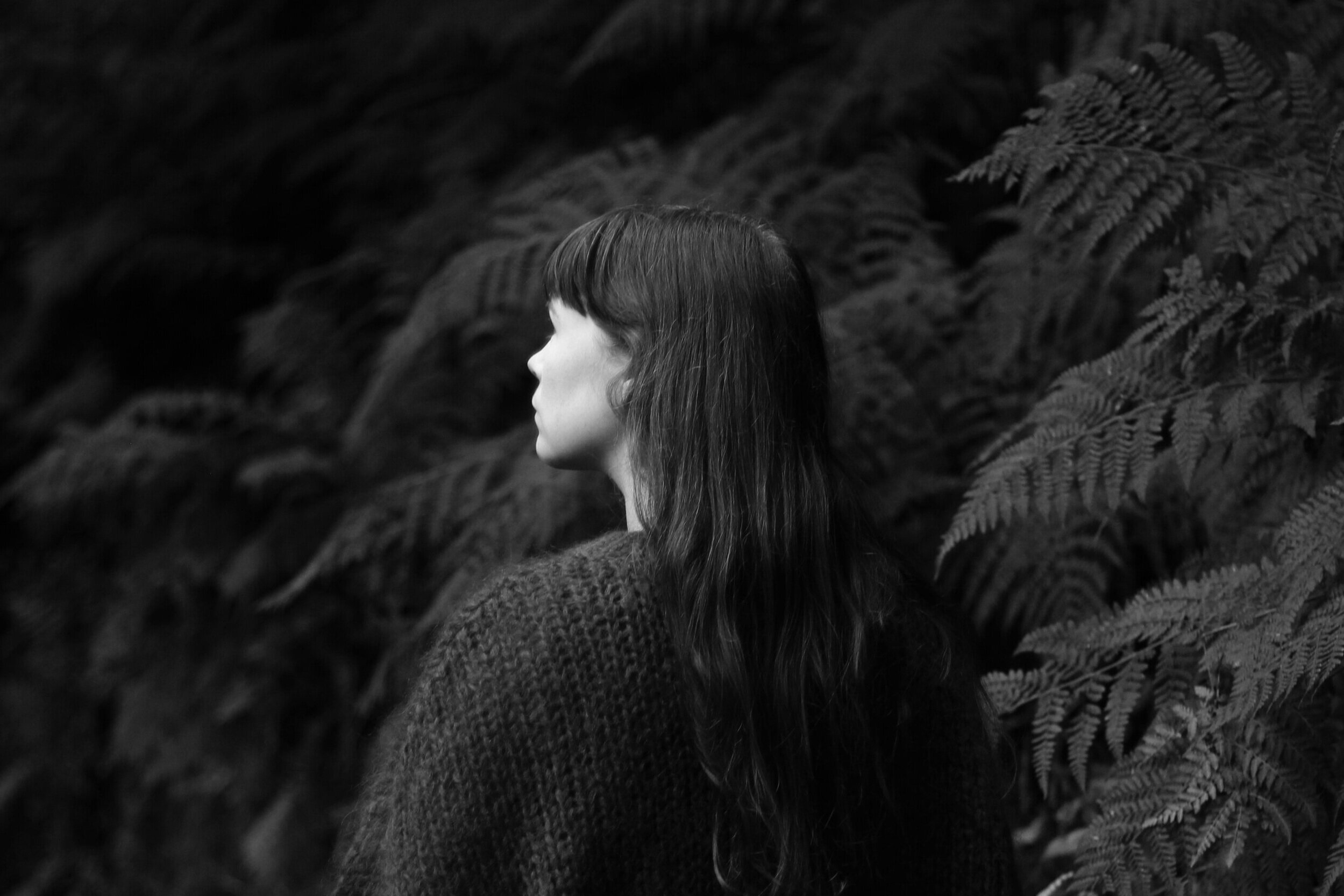 Girl in forest, black and white | Field + Nest