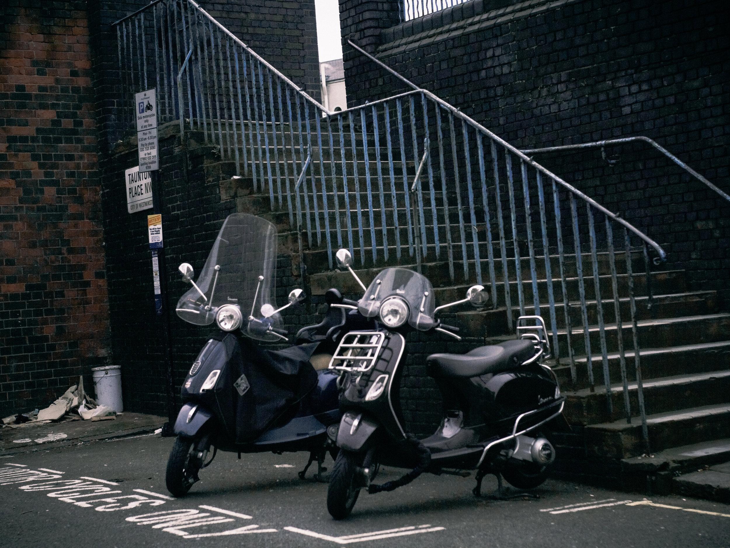 london motorscooters.jpg