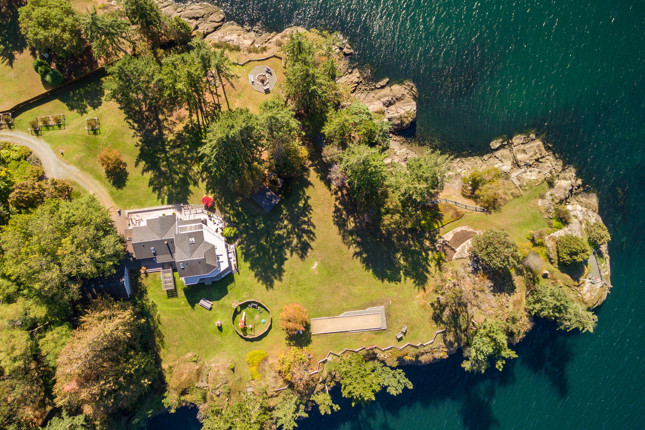 Aerial Services - Cobalt Visual specializes in low altitude, high definition aerial imaging services, including video, photography, surveys and inspections for Vancouver Island and surrounding communities.