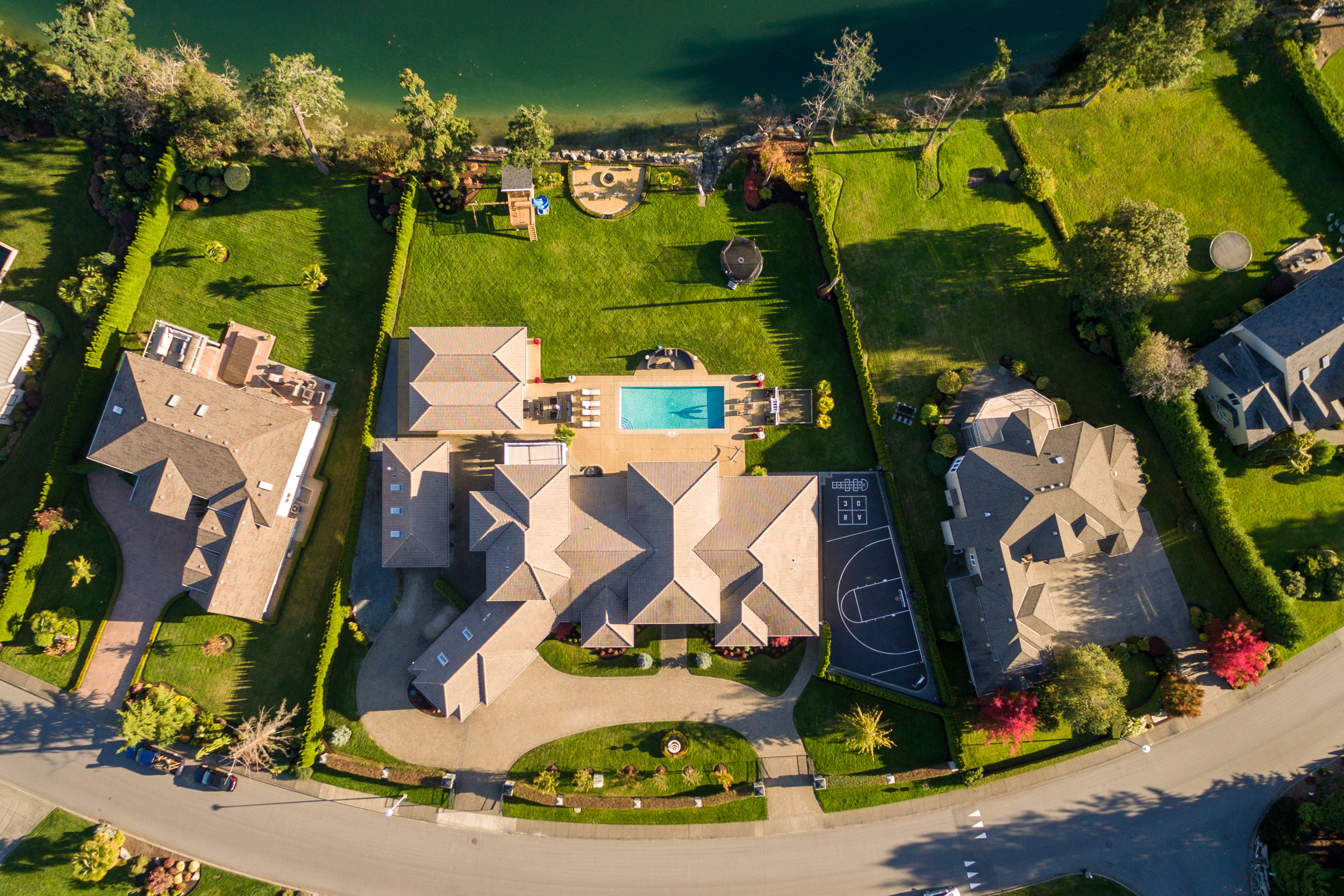 Mini Listing Sites - Imagine having your listing photos, video, floor plan and interactive map all in one place. One link, showcasing your listing features and branding, easily accessible on all devices ~ anytime, anywhere.