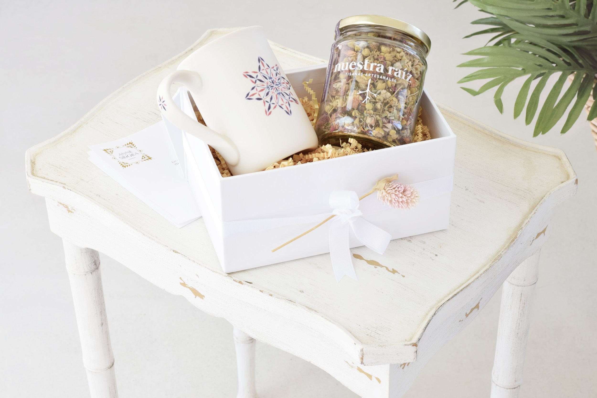 02-Anne_Sidora_Concept_Store_Gift_Box_Tea.jpg
