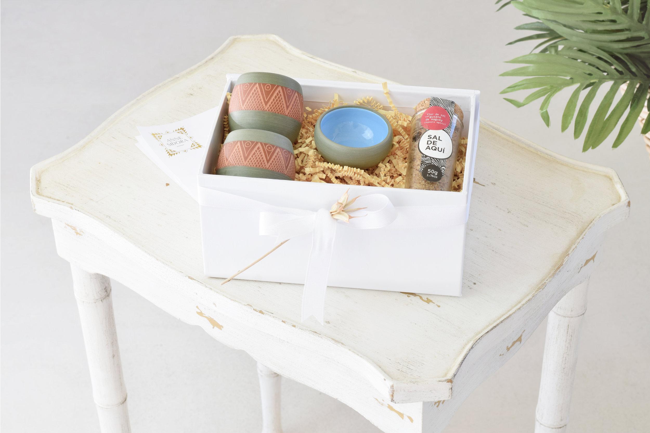 02-Anne_Sidora_Concept_Store_Gift_Box_Mezcal.jpg