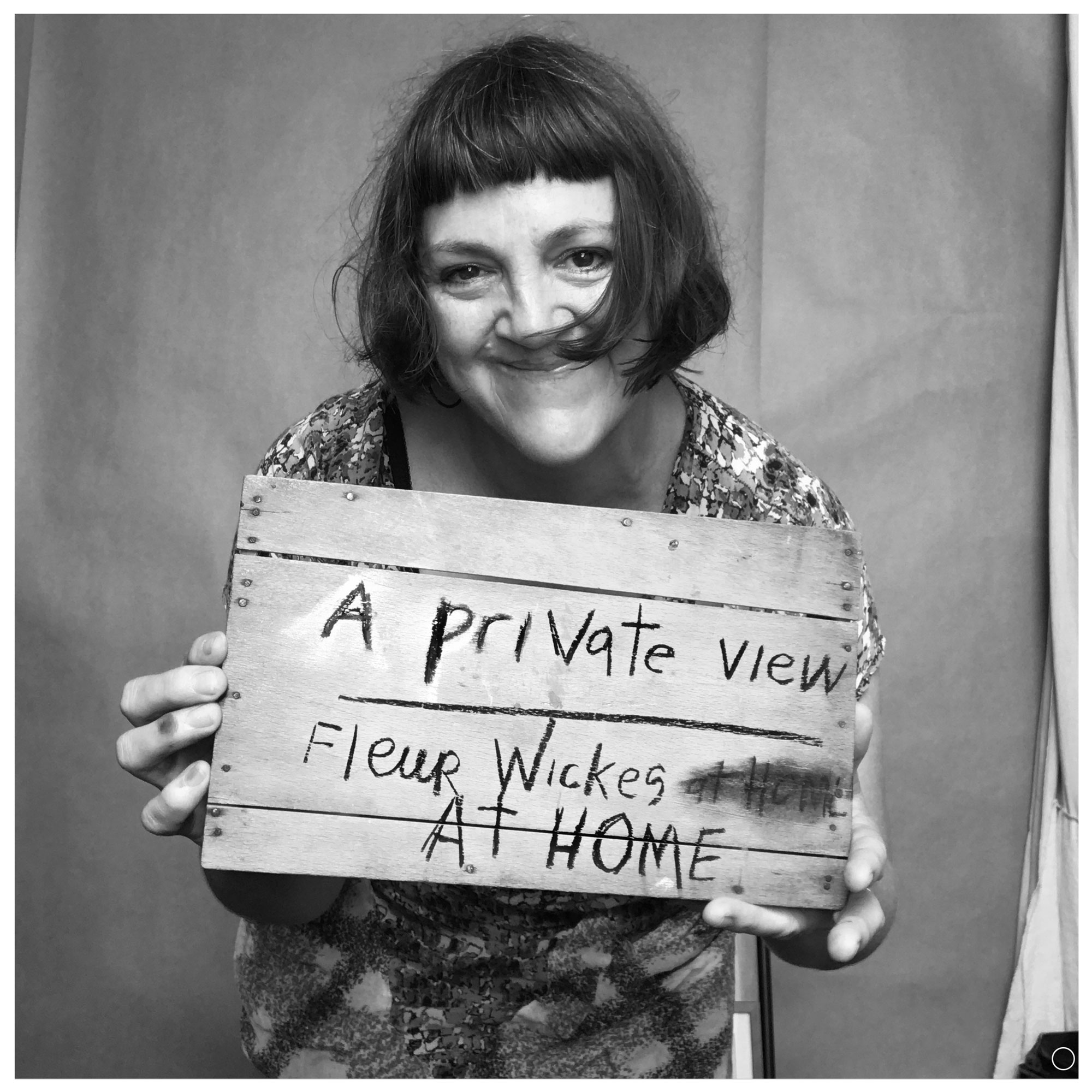 A_private_view_me_with_wooden_sign_promo_27_jan_2018_web.png