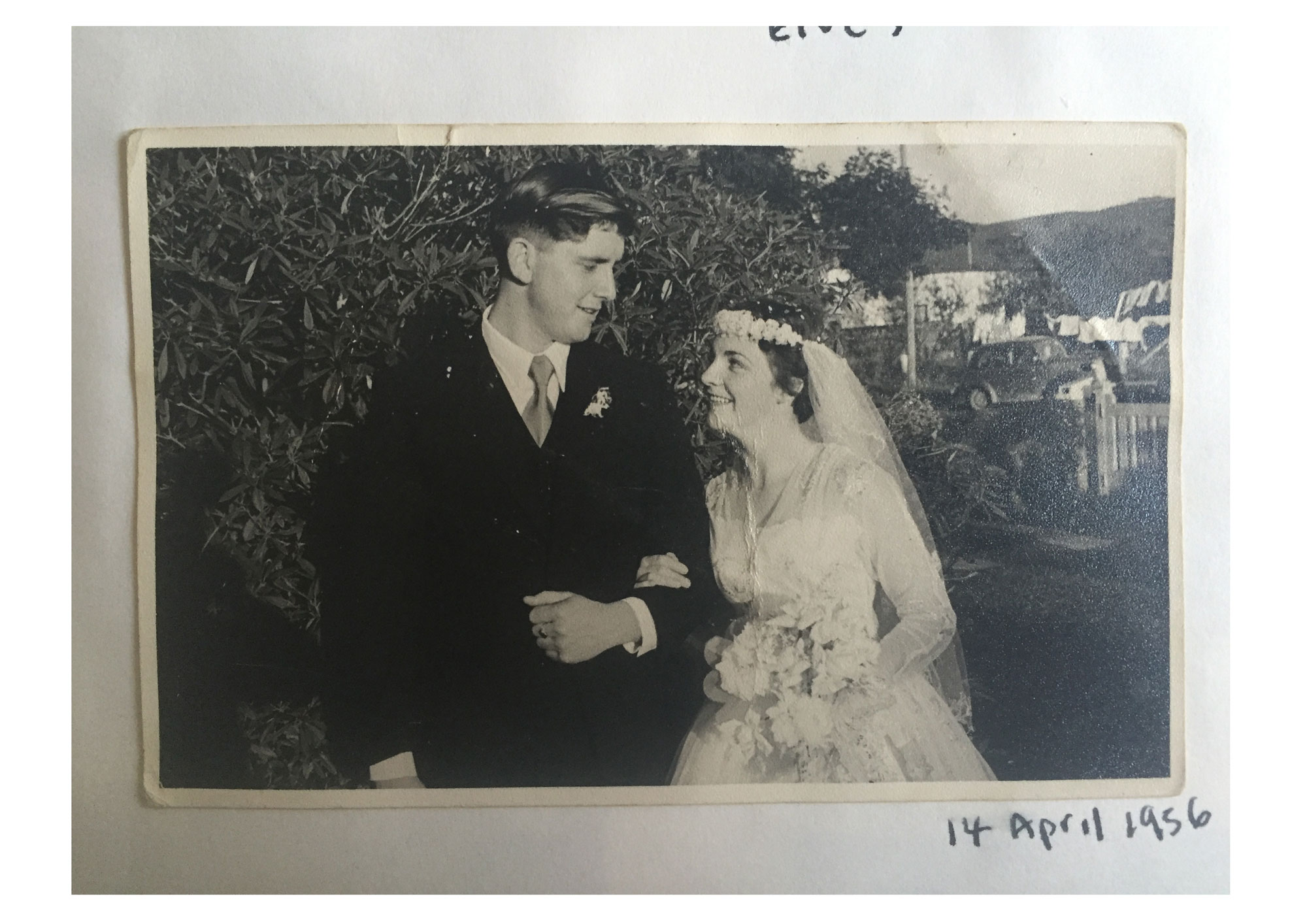 mum_dad_wedding_day_web.jpg