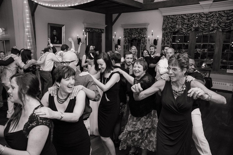 Publick House wedding venue photos in Sturbridge, MA by Kara Emily Krantz Photography featured in Bride & Groom Magazine
