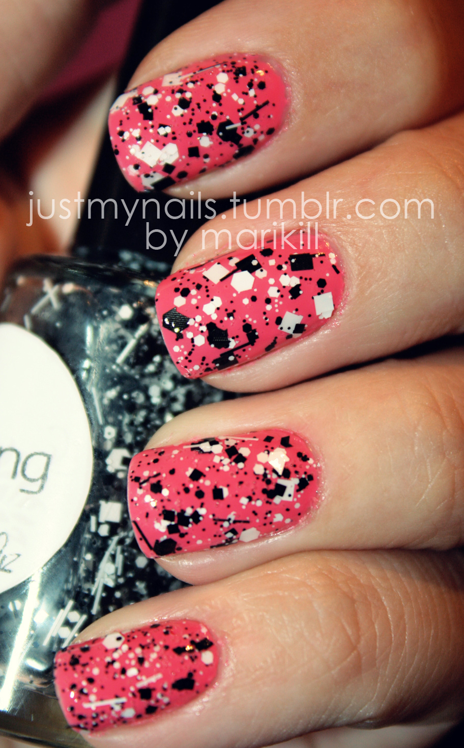 justmynails :     Brazilian Glitter - Yin Yang