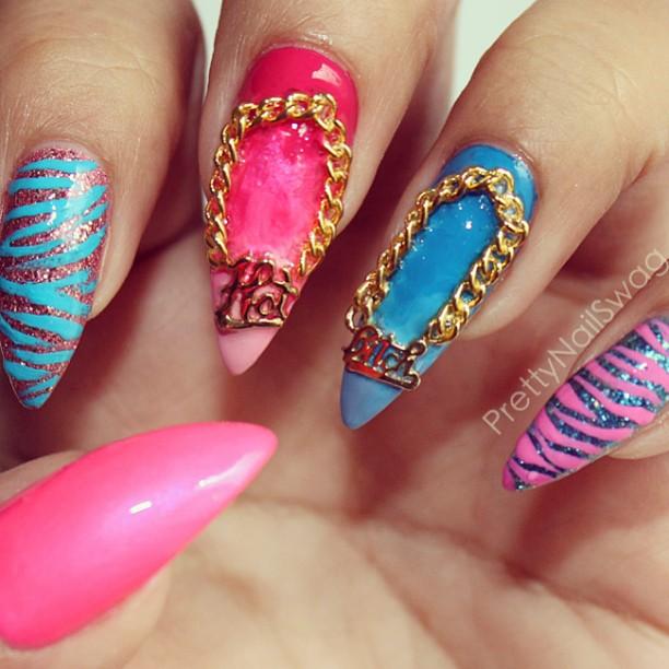 Bella Sassy Nails     via prettynailswag :     HOTxBITCH @hexnailjewelry is the bizness 💣🏆💯