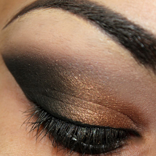 Bella Sassy     via beautylish :     Check out   how to wear metallics  !      Keep up with the daily fab, join Sassy Nation     http://sassynation.tumblr.com     http://www.facebook.com/TheSassyNation     http://twitter.com/#!/SassyNation