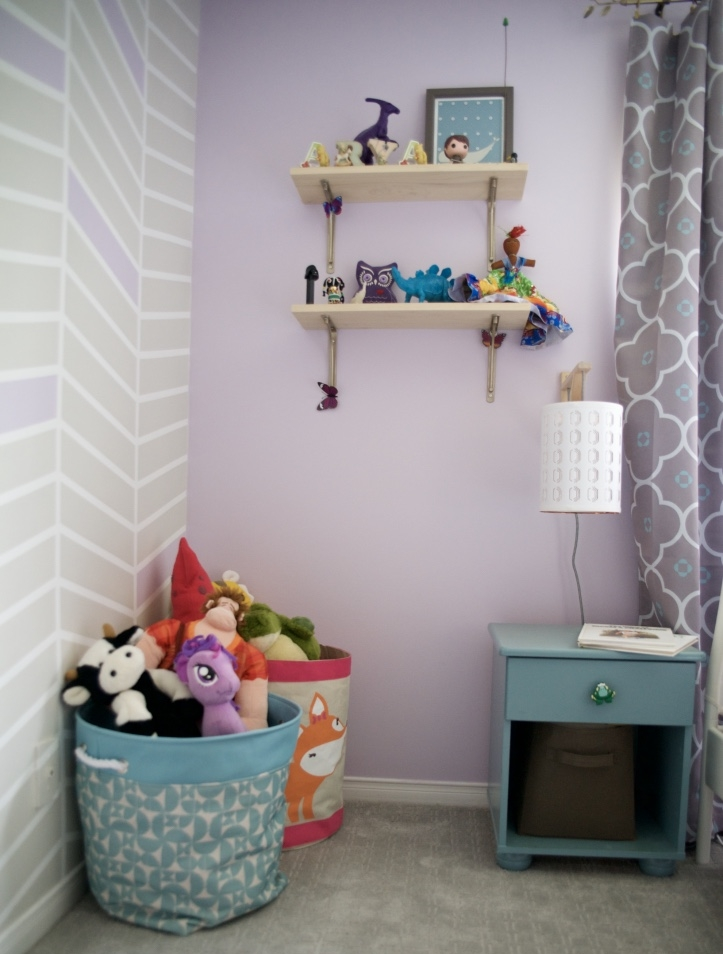 These were seriously easy shelves.