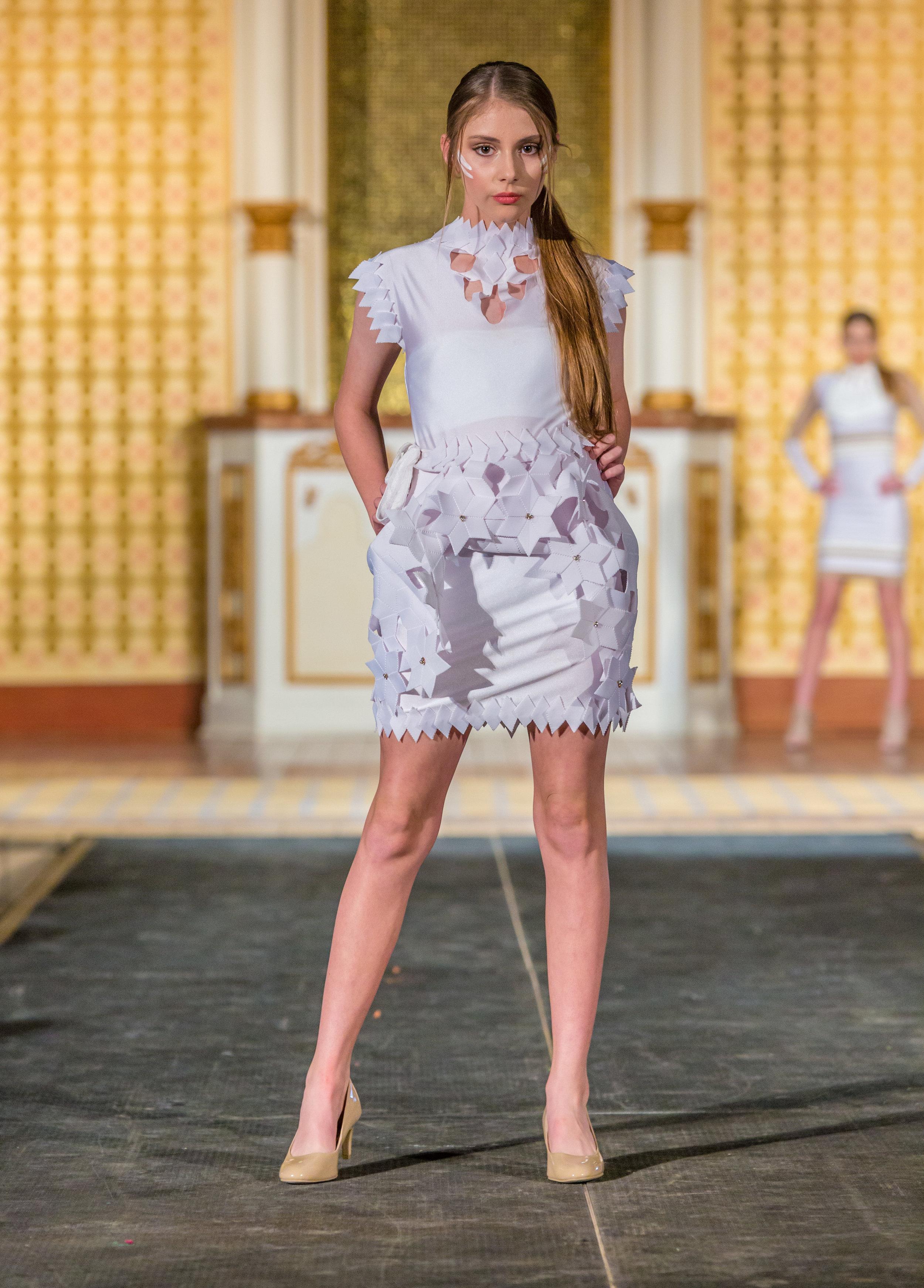 Alexandra Bujan-14.jpg