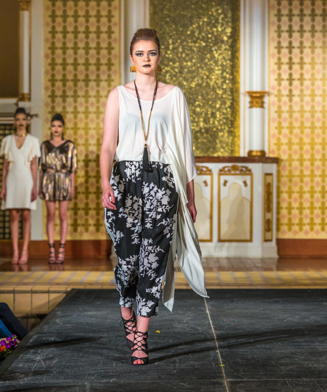Carla Elese Luv Carla Fashion-32.jpg