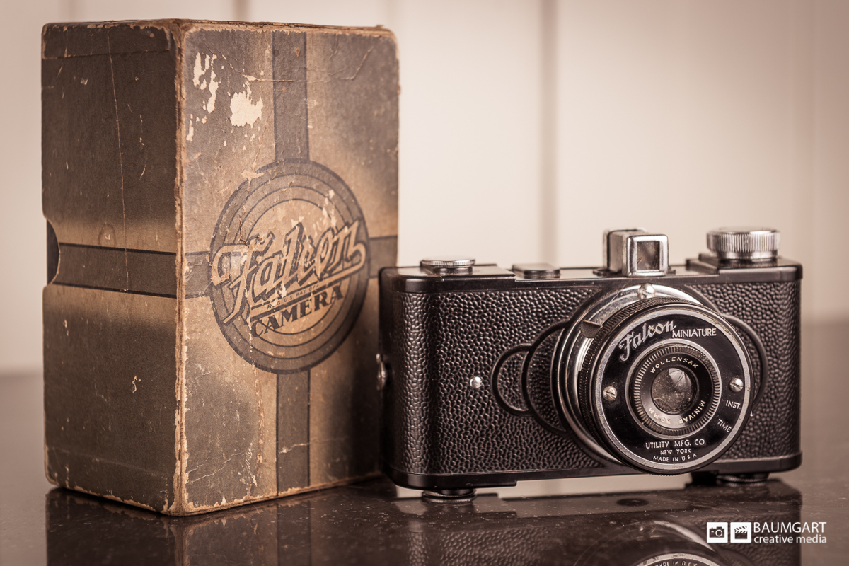 falcon_miniature_vintage_camera_jeff_baumgart.jpg
