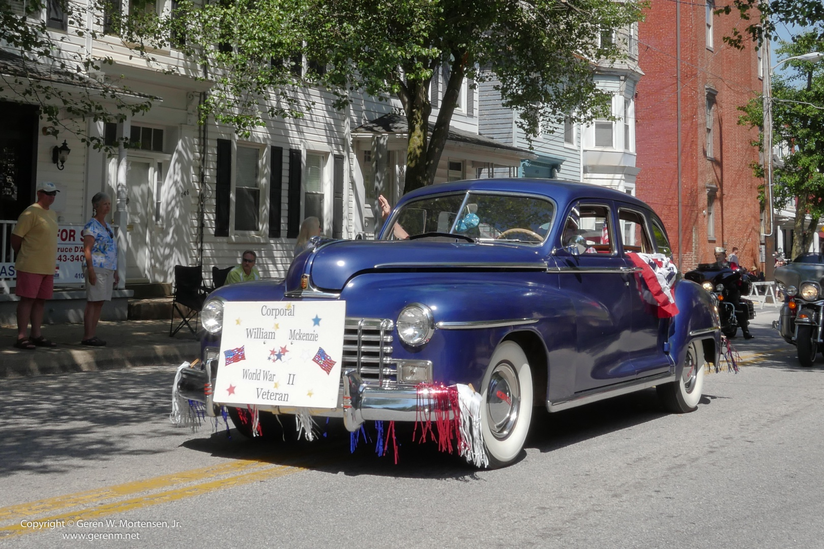 Memorial-Day-Parade_May-26-2014_01_PANA.jpg