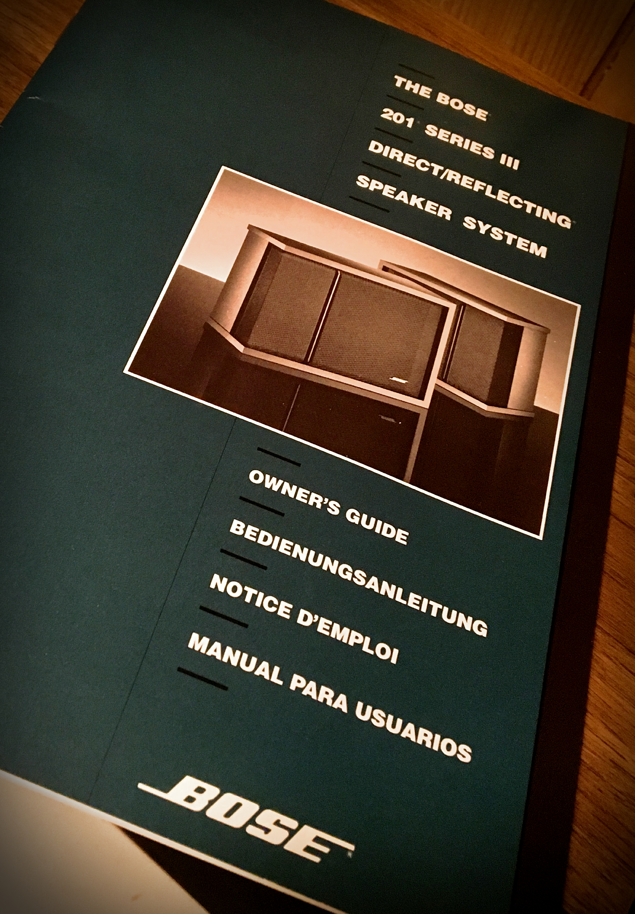 Das Book: The owner's guide, ca. 1991, for The Bose 201 Series III Direct/Reflecting Speaker System.