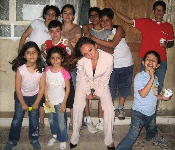 Franki with some Syrian children who were neighbours she used to hang out with during her 6 month tenure in Damascus, Syria -  Picture courtesy of Francisca Turner Shaik