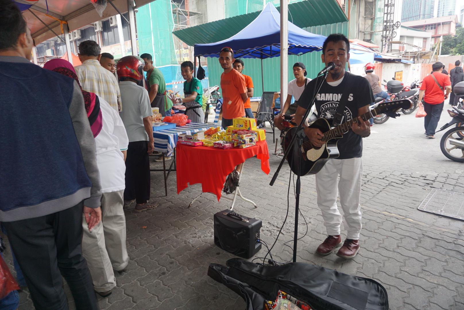 Batik&Bubbles_ramadan_musician